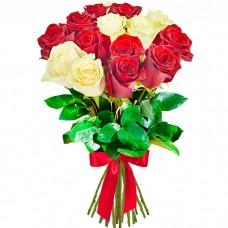 Букет 15 роз красных и белых